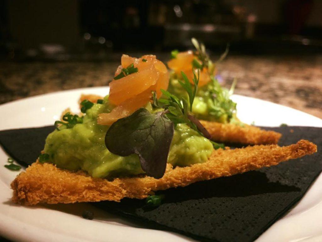 guacamole restaurante bakus nerja